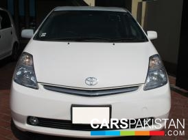 2008, White Toyota Prius (Petrol ) For Sale, Lahore, By: Shahrukh Ehsan  (Dealer)